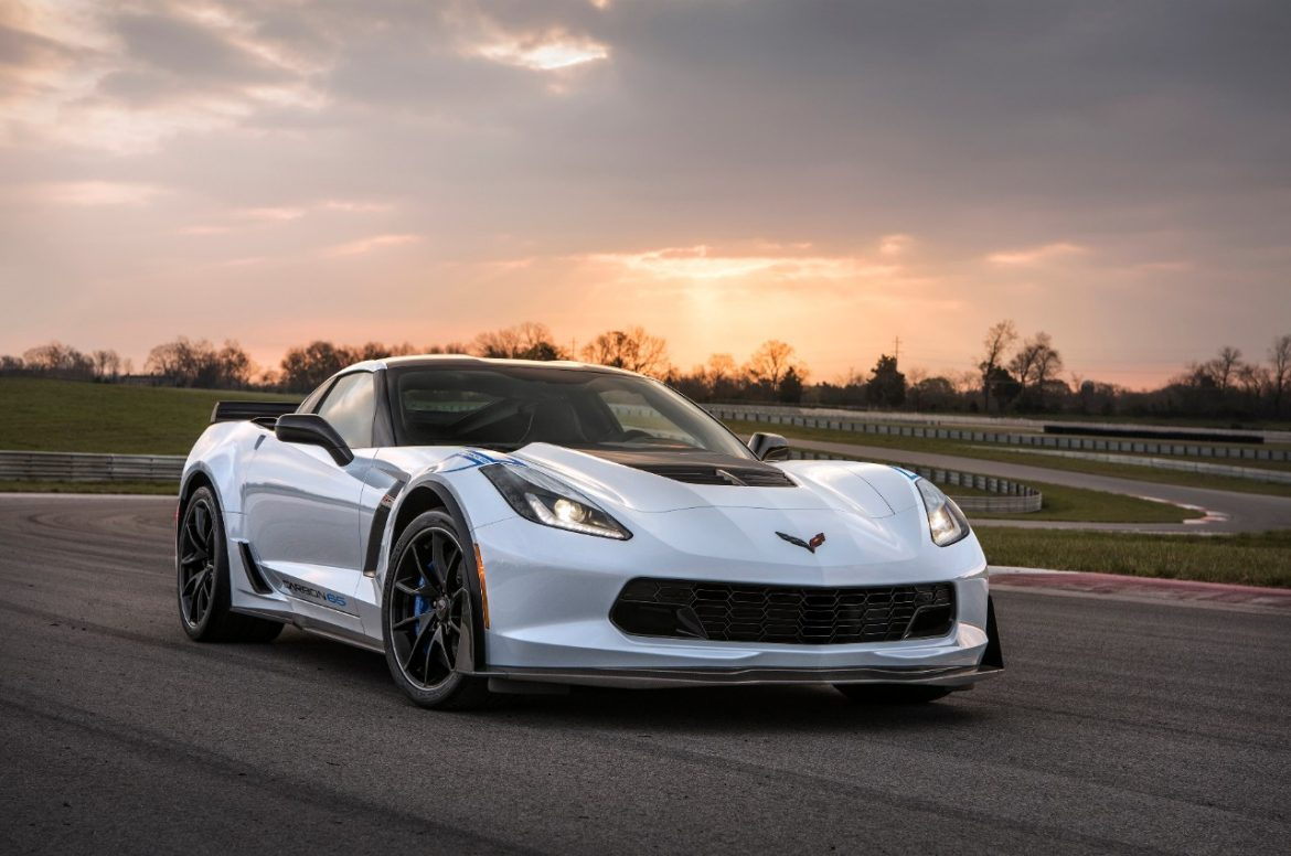 Pictures Of Corvettes >> Chevrolet Corvettes Raise 2 325 Million At Barrett Jackson To