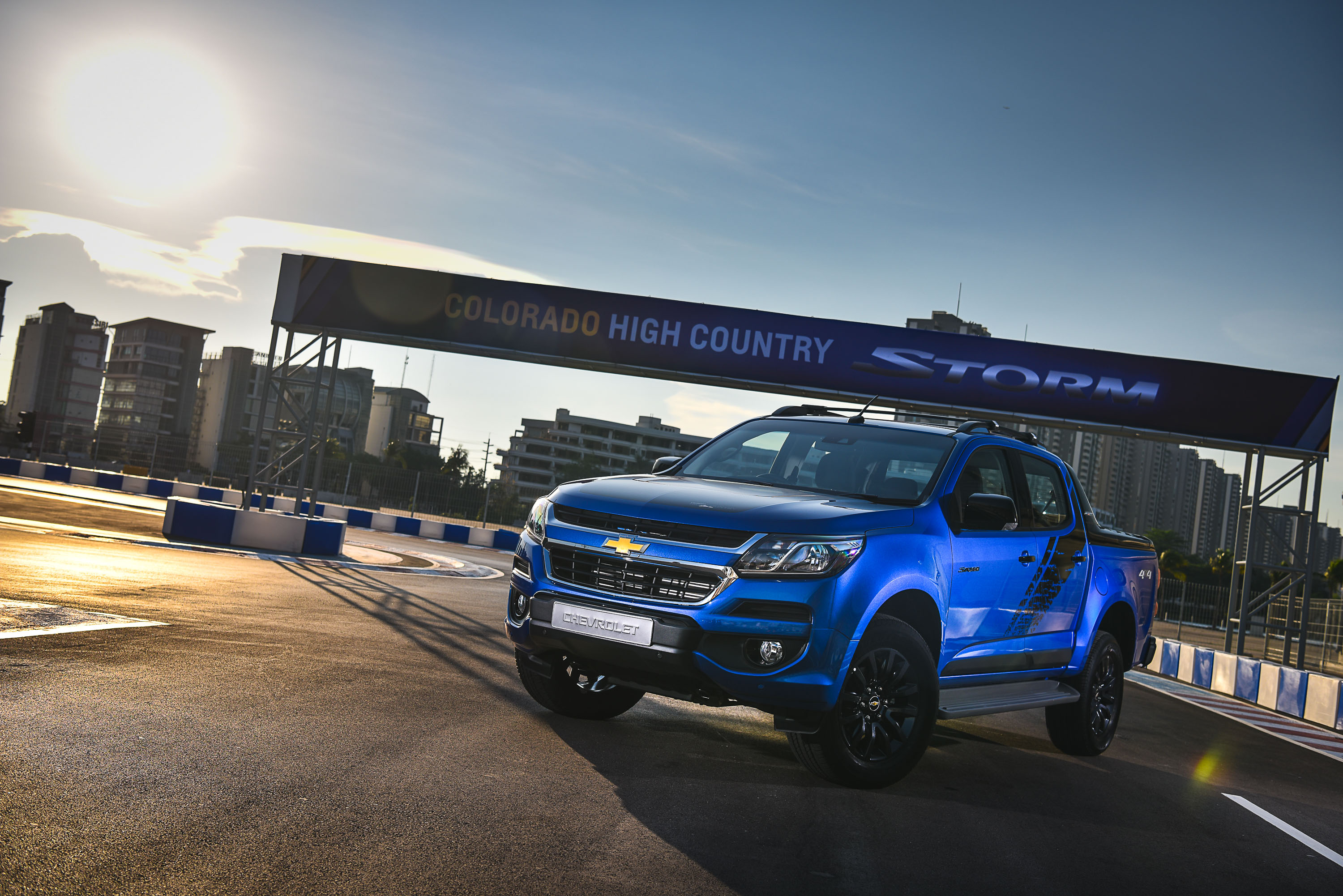 The chevrolet colorado high country storm 2017 is chevrolet s top of the line truck made in thailand the truck s captivating masculine design and rugged