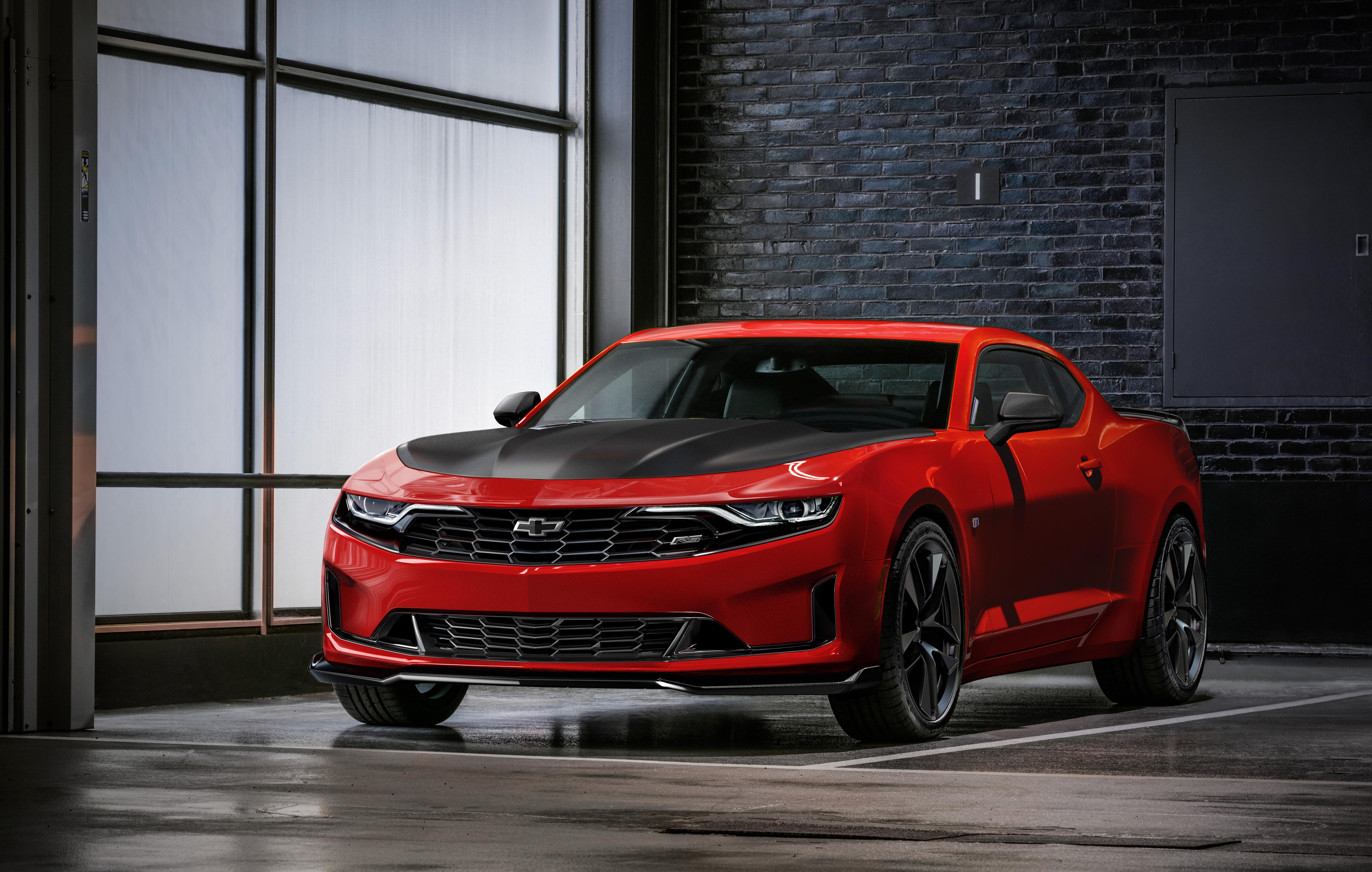 Chevrolet Introduces Bold 2019 Camaro