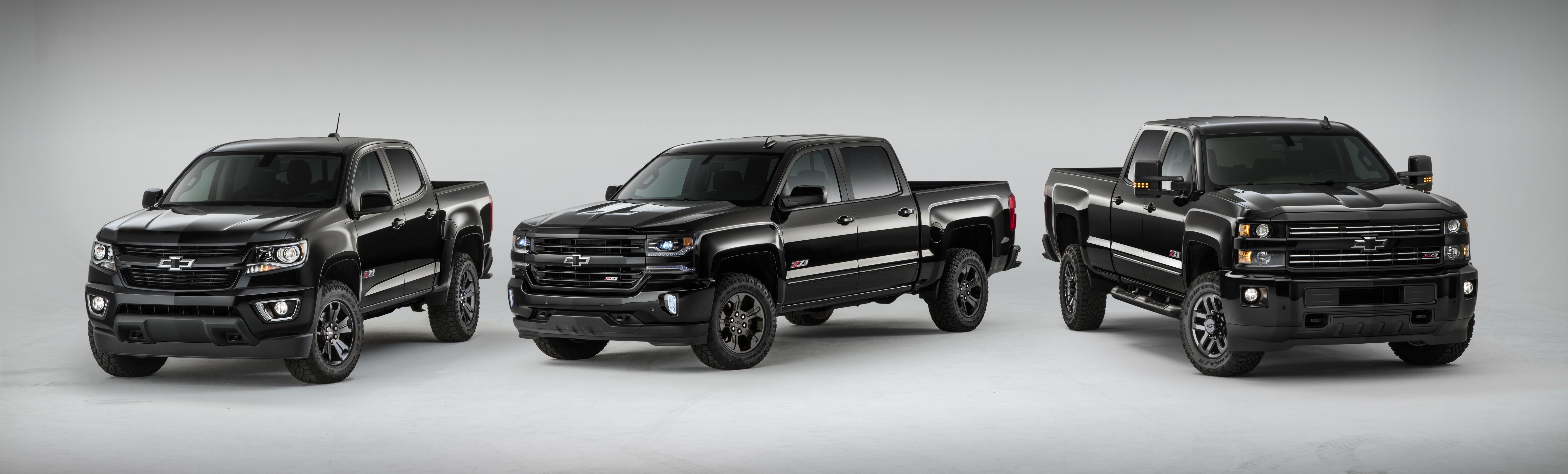Chevrolet Trucks Back in Black for 2016