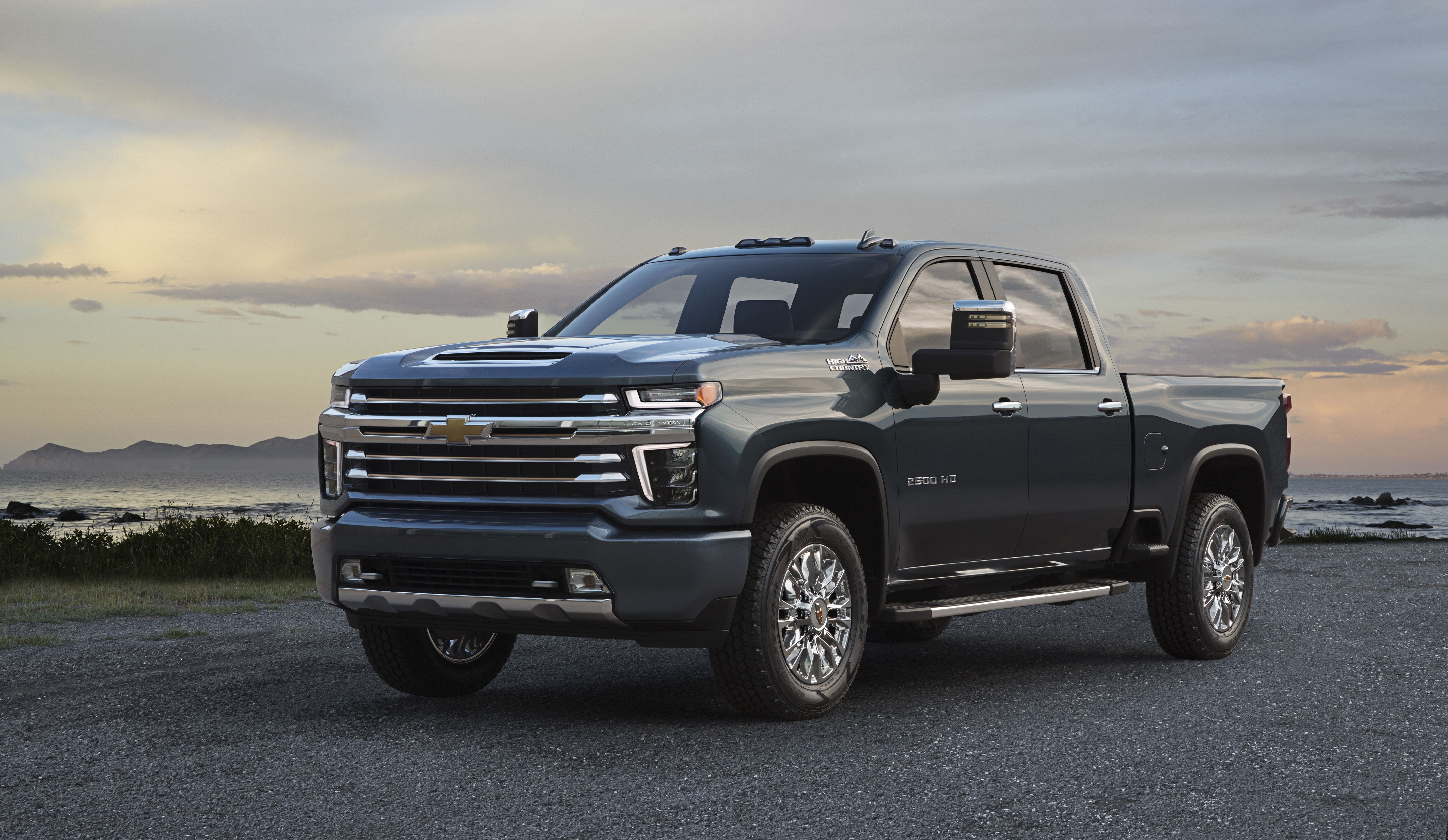 2020 Chevrolet Silverado New Model and Performance