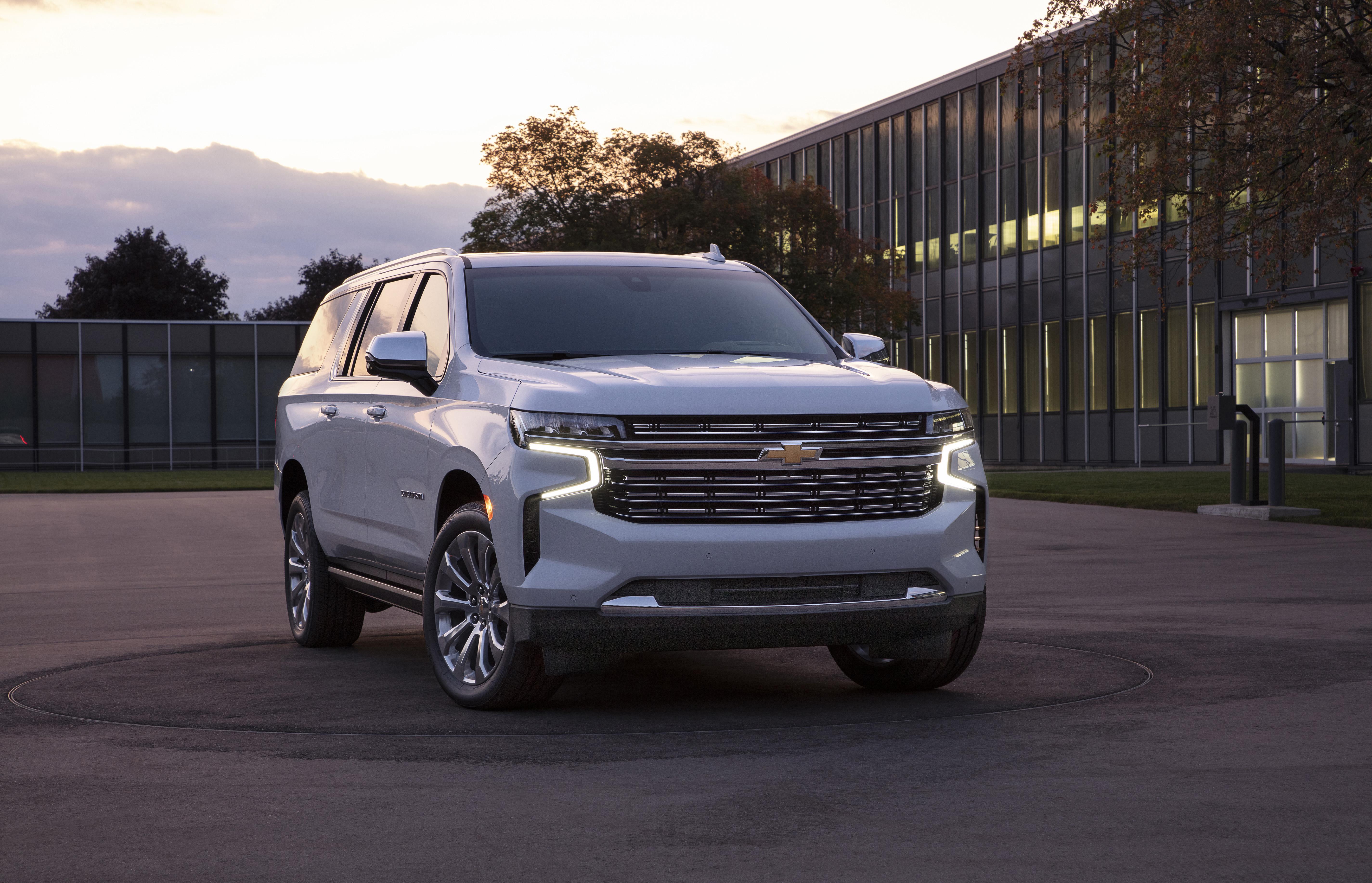 Kelebihan Chevrolet Suburban Review