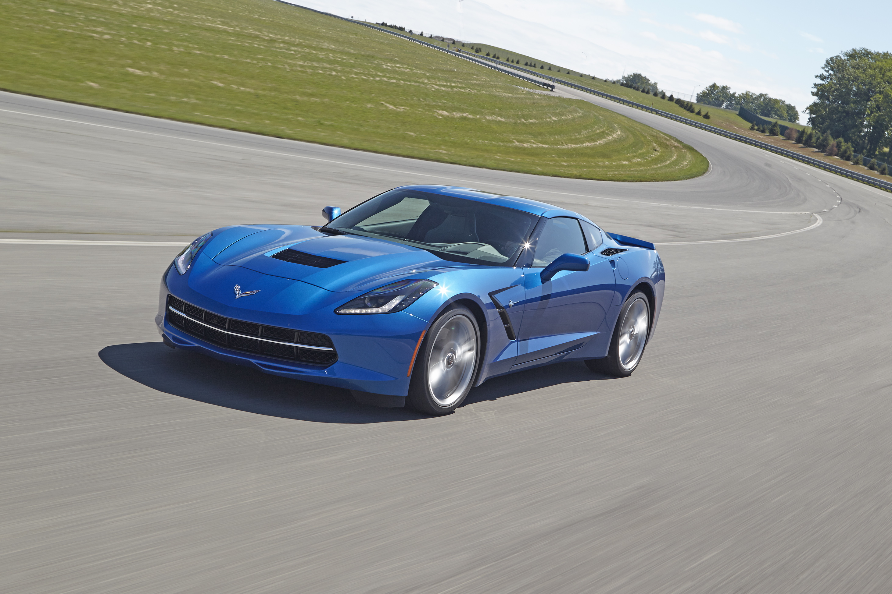 8-Speed Automatic Makes Corvette Faster, More Efficient