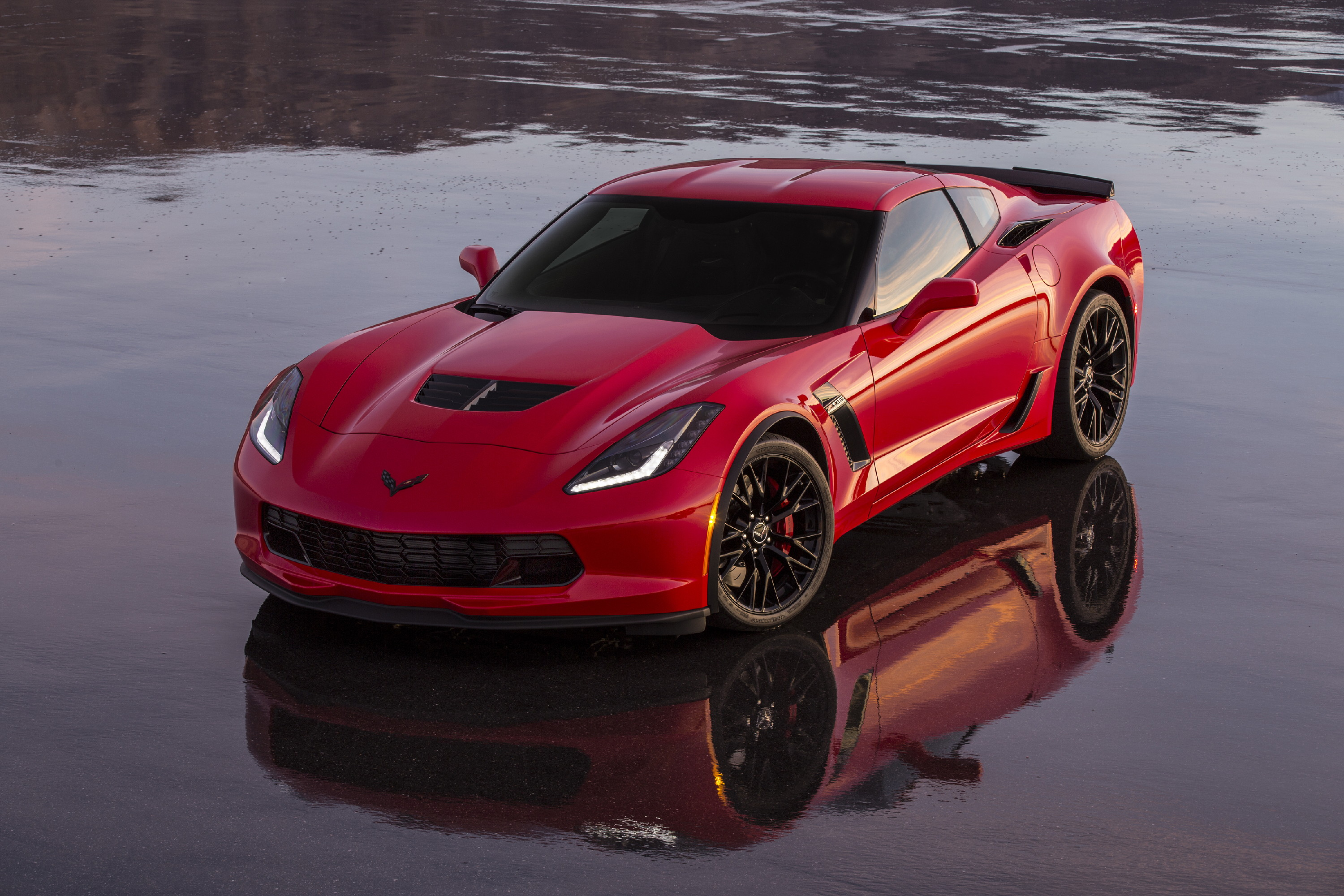 Kelebihan Chevrolet Z06 Review