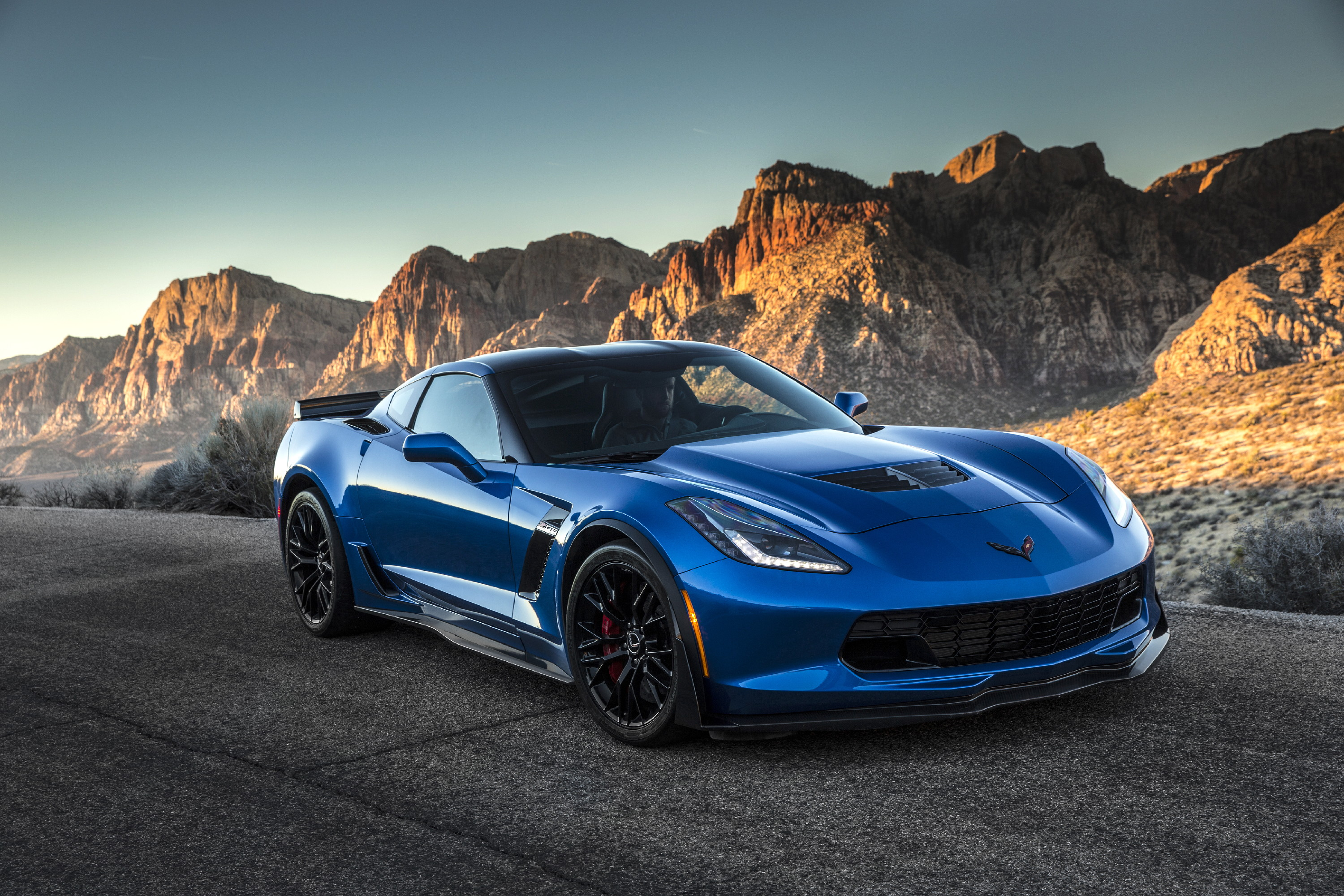 Return Of The Legendary Supercar Chevrolet Corvette Z06 Is Most Ful And Technologically Advanced Ever