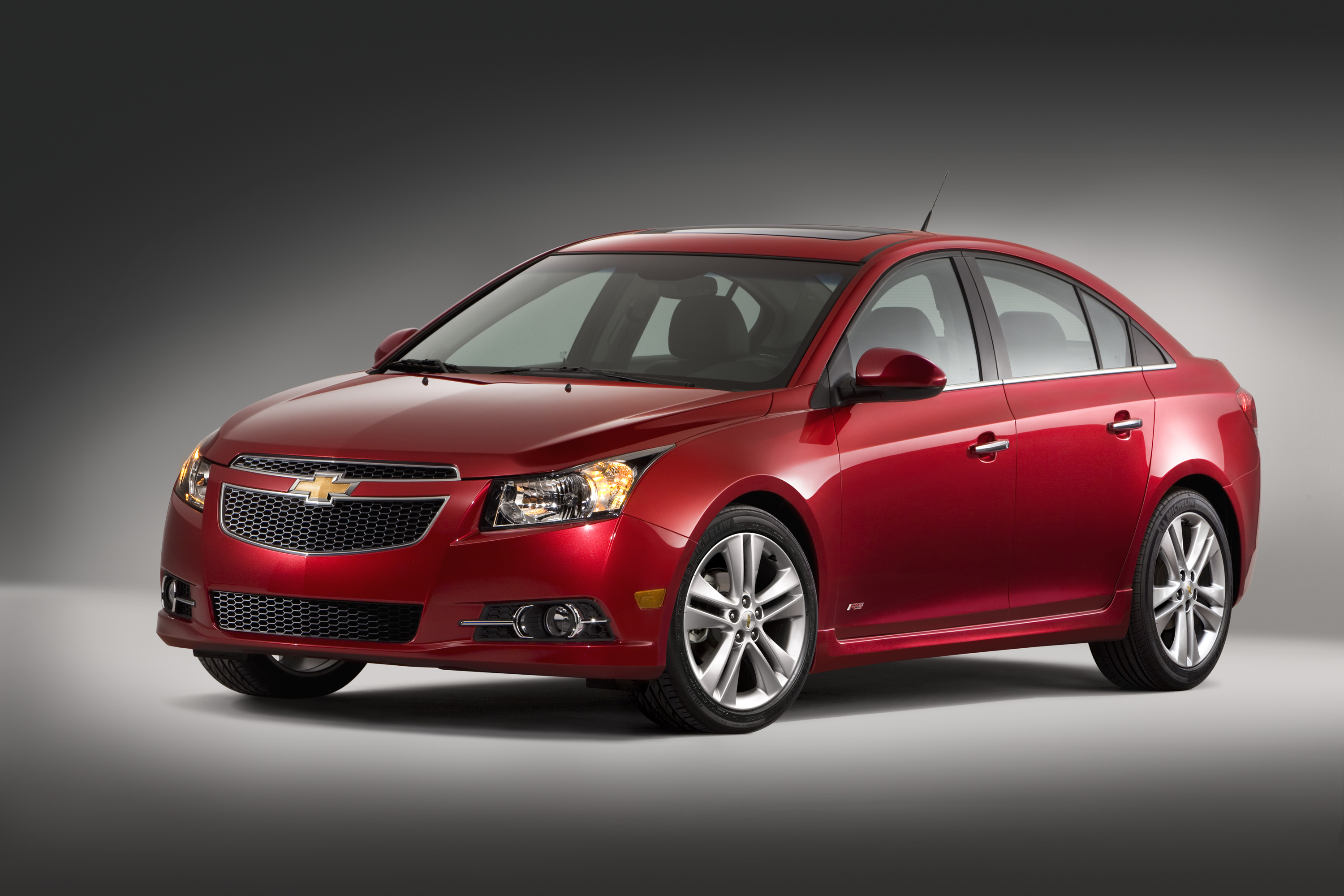 l cruze diesel created vw driving with over says review rapha torquey move road car reviews chevrolet test