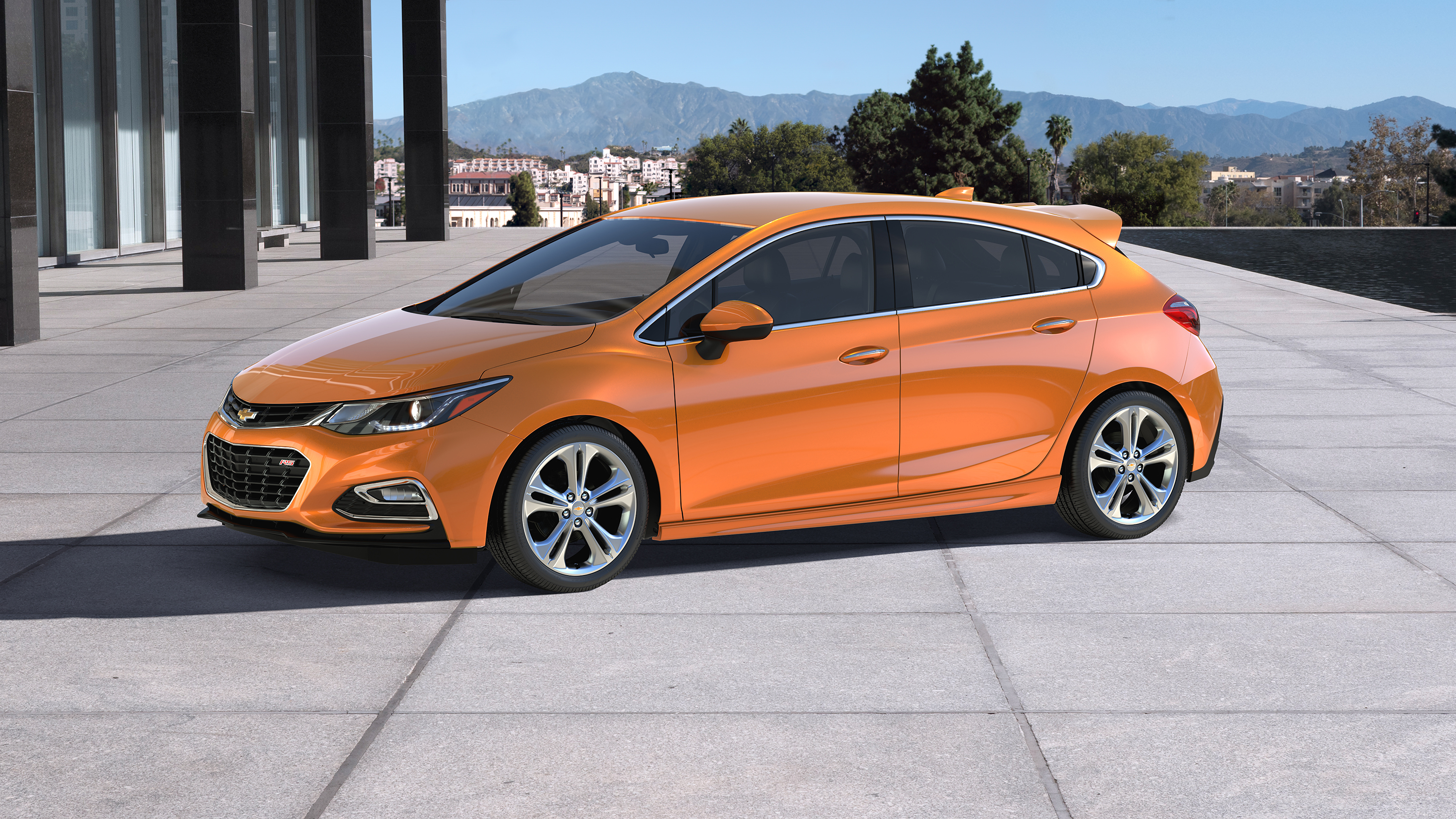 Chevrolet Introduces 2017 Cruze Hatch