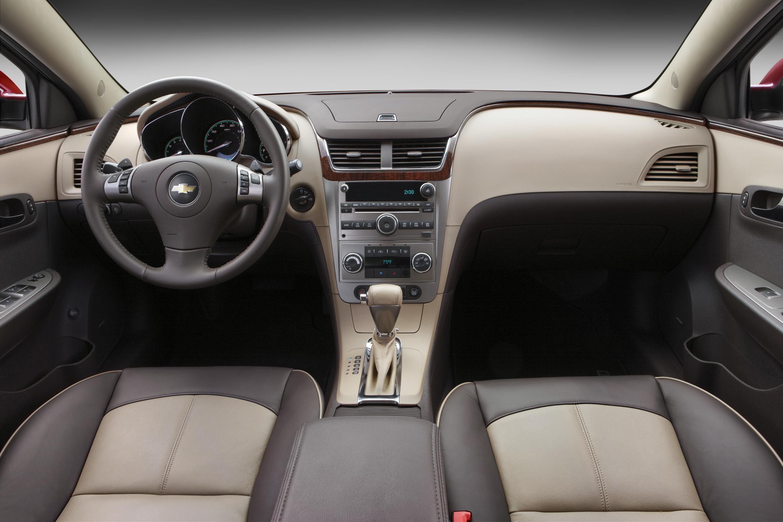 Kelebihan Chevrolet 2011 Perbandingan Harga