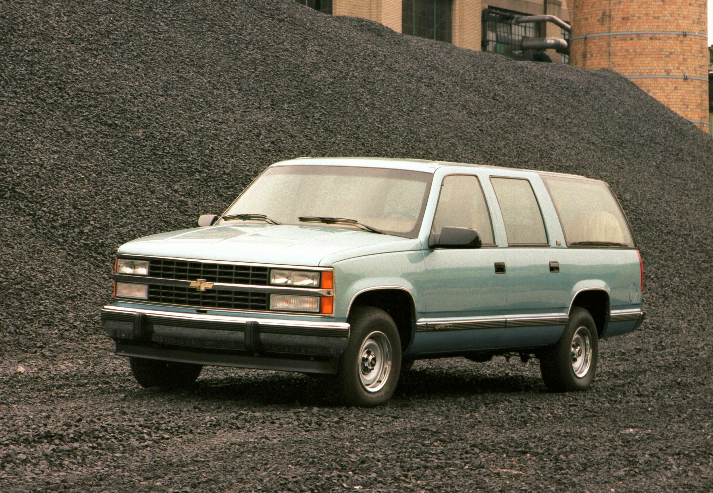 Kelebihan Kekurangan Chevrolet Suburban Perbandingan Harga