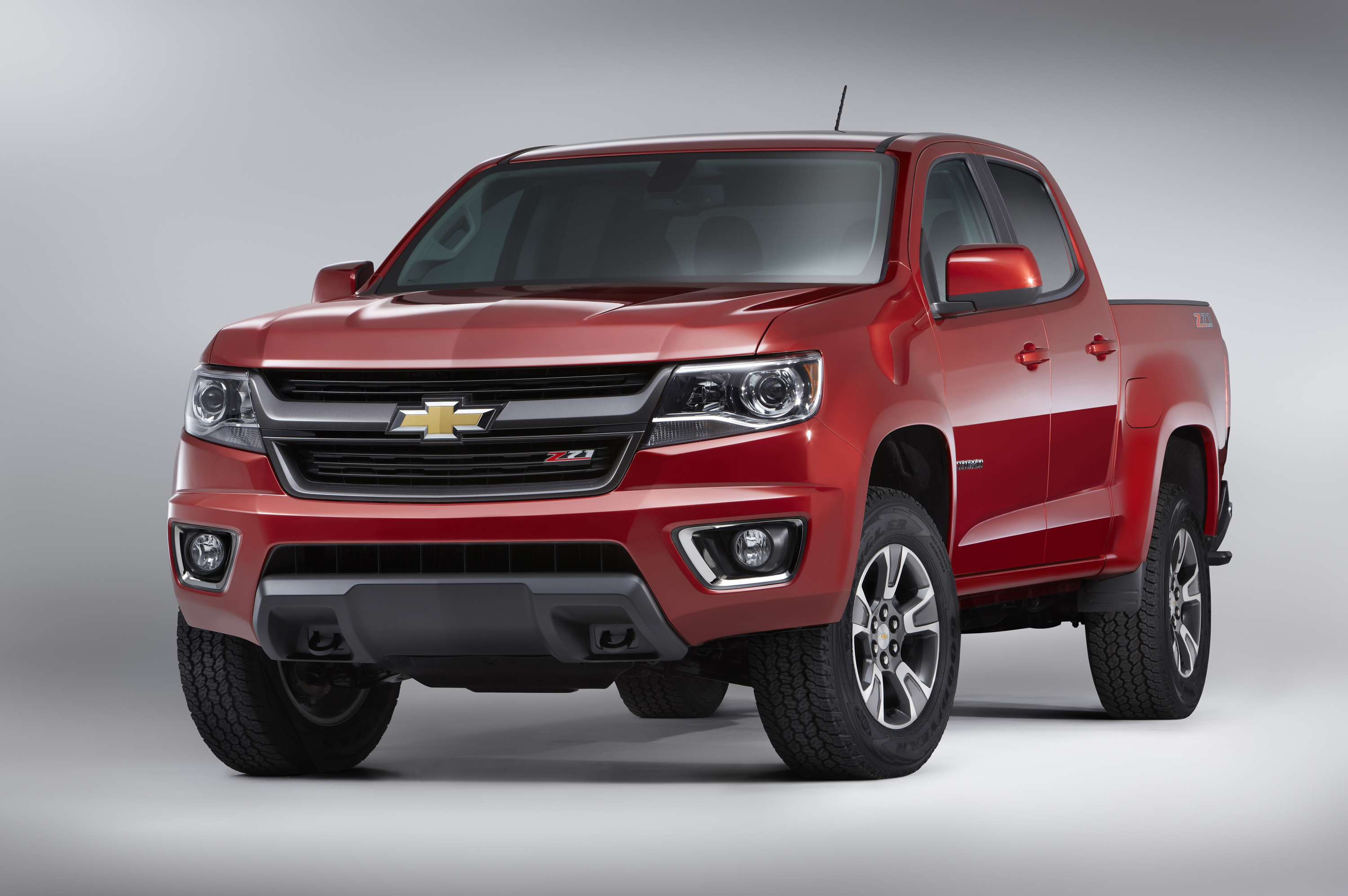 Chevy Blazer 2015 >> Motor Trend Names Chevrolet Colorado 2015 Truck Of The Year