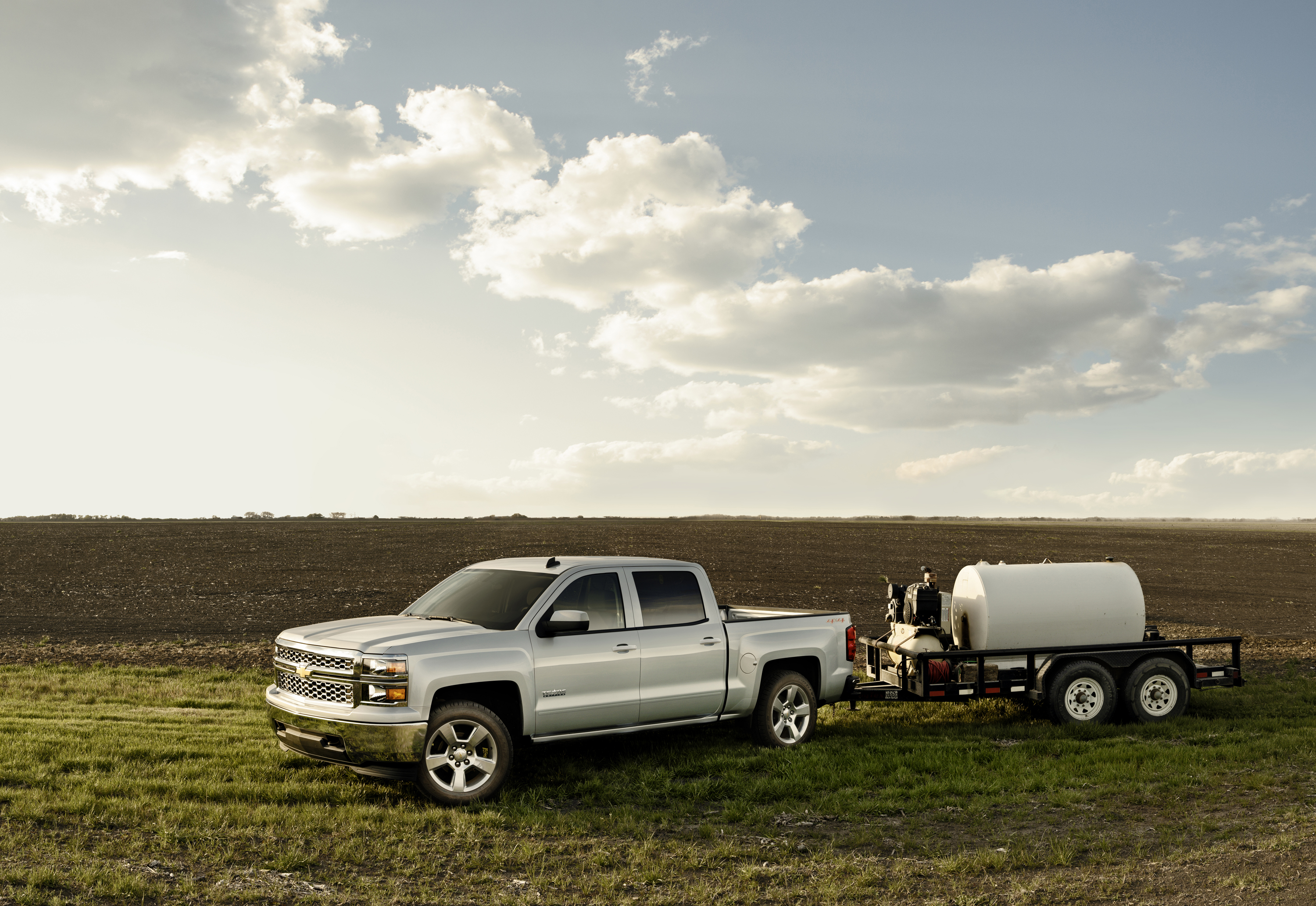 2015 Silverado 1500 Will Tow up to 12,000 Pounds, Based on