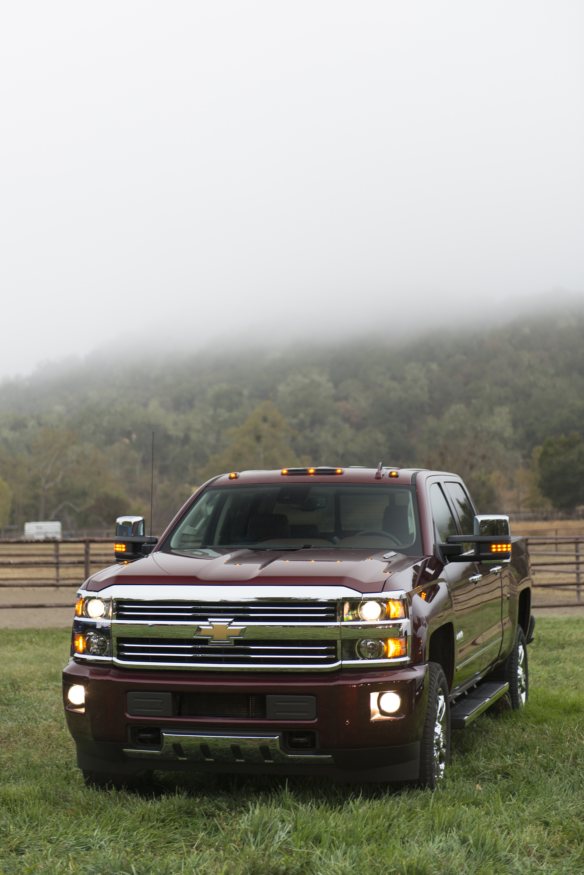 silverado chevrolet strongauto specs photos and